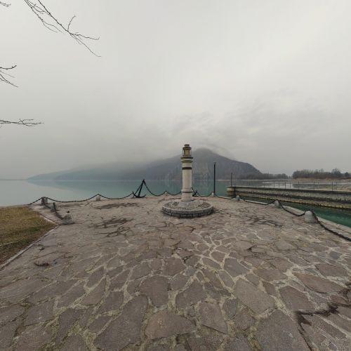 Lago mezzola camper